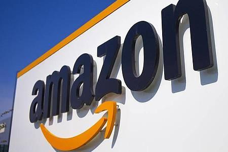 Amazon ist der weltgrößte Onlinehändler - und will nun auch den klassischen Einzelhandel erobern. Foto: Michel Spingler/AP/dpa