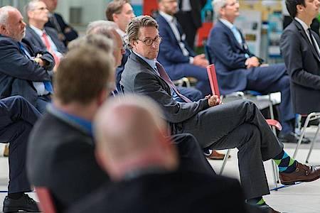 Andreas Scheuer, Bundesminister für Verkehr und digitale Infrastruktur, beim Auftakt für das Breitbrandprojekt. Foto: Klaus-Dietmar Gabbert/dpa-Zentralbild/dpa