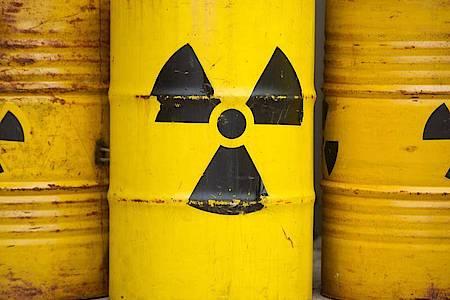Bis 2031 soll ein Ort gefunden werden, an dem der strahlende Abfall aus Atomkraftwerken möglichst sicher unterirdisch gelagert werden kann. Von 2050 an soll das Endlager genutzt werden. Foto: Sebastian Kahnert/dpa
