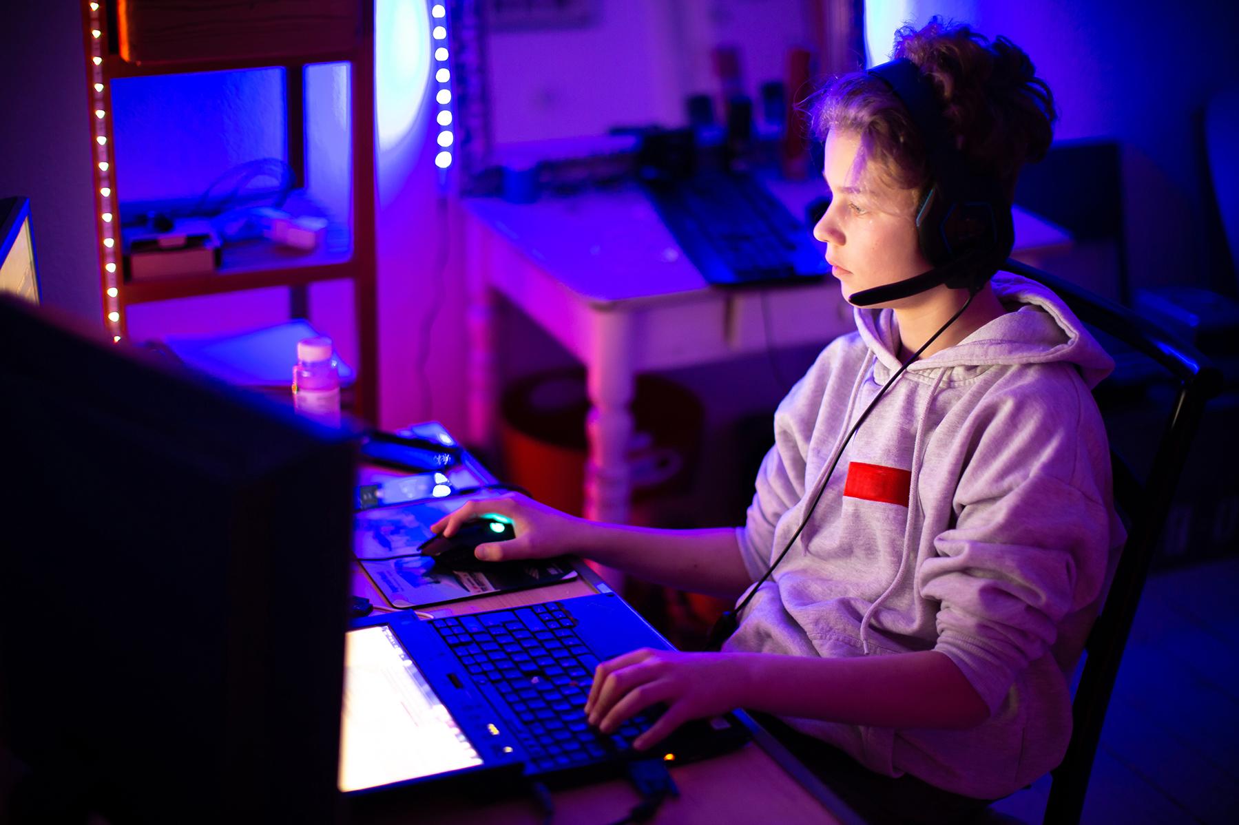 junge-gaming2