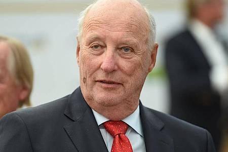 König Harald V. von Norwegen ist erkrankt. Foto: Felix Kästle/dpa
