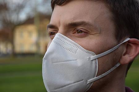 Mann FFP2 Maske