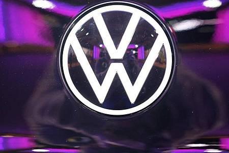 Für den Aufbau und die ersten Ausbildungsgruppen der konzerneigenen Software-Fakultät hat der Vorstand bei Volkswagen inzwischen mehr als 50 Millionen Euro freigegeben. Foto: Sebastian Willnow/dpa-Zentralbild/dpa