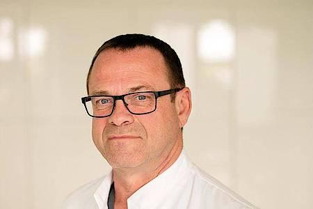 Prof. Manuel Cornely ist Facharzt für Dermatologie und Venerologie an der CG Lympha in Köln. Foto: CG LYMPHA/Fachklinik für Operative Lymphologie/dpa-tmn