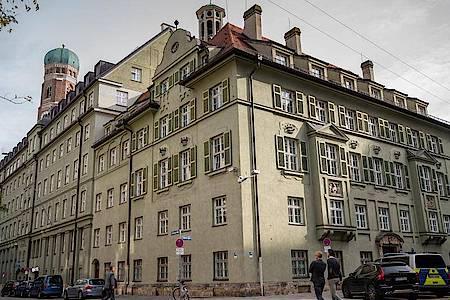 Der seit Anfang dieses Jahres bekannte Drogen-Skandal um das Münchner Präsidium weitet sich aus. Foto: Peter Kneffel/dpa