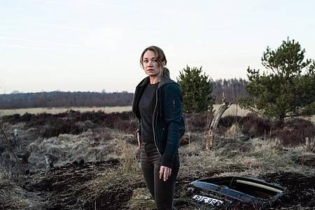 Sarah Kohr (Lisa Maria Potthoff) im Teufelsmoor. Foto: ZDF/Marion von der Mehden/dpa