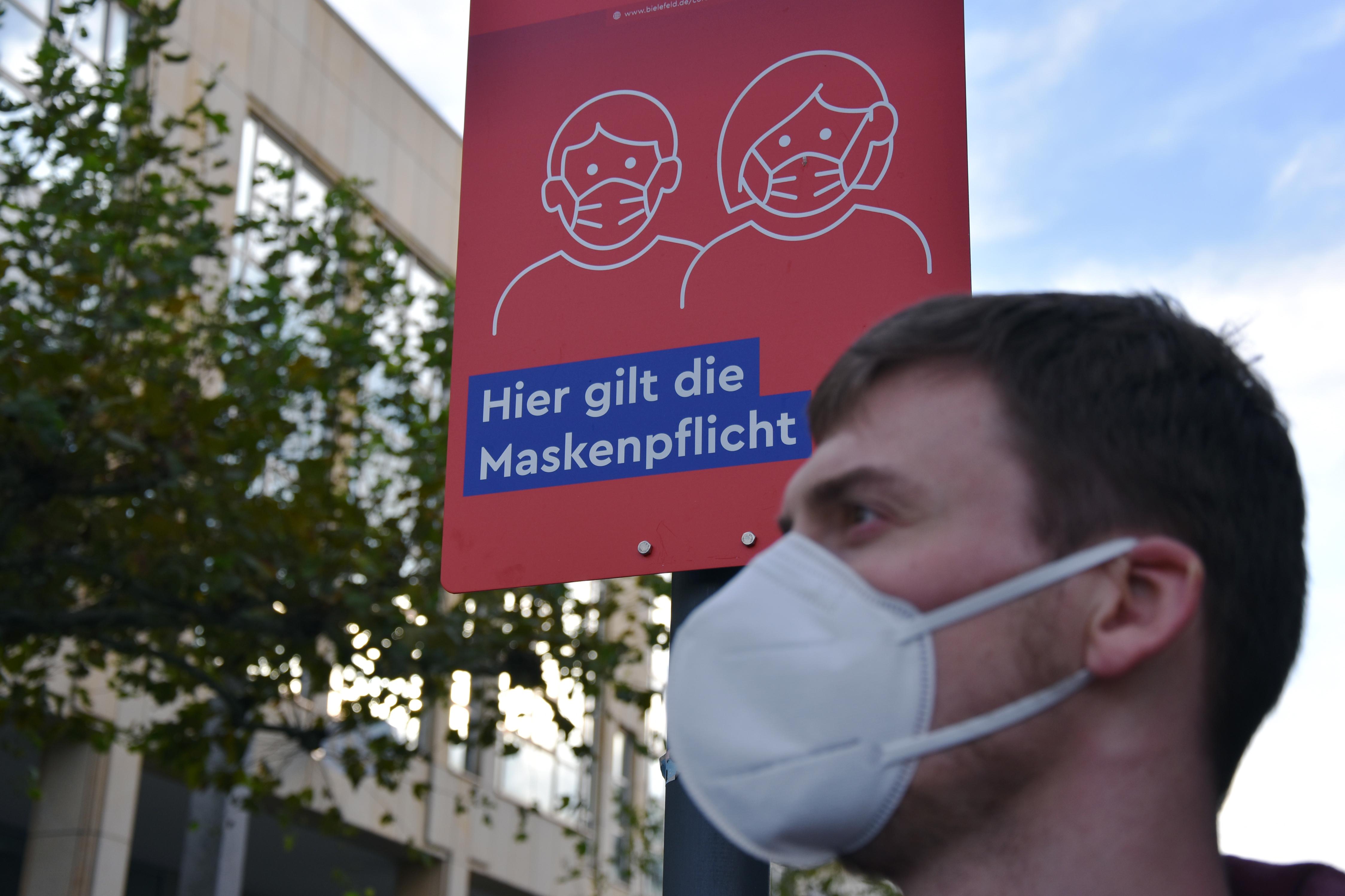 maskenpflicht-schild-ffp2maske