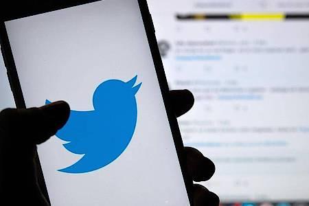 Das soziale Netzwerk Twitter drängt zu sichereren Passwörtern. Foto: Monika Skolimowska/zb/dpa