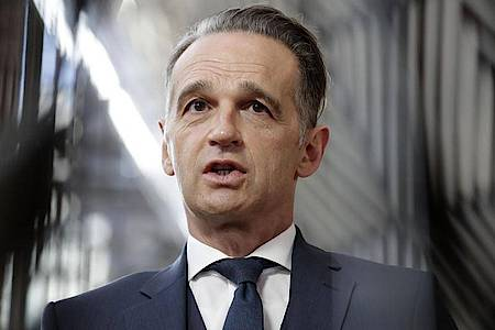 Heiko Maas (SPD), Bundesaußenminister,hat sich in Quarantäne begeben. Foto: Olivier Hoslet/Pool EPA/AP/dpa