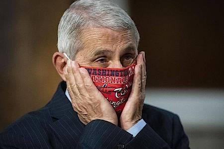 US-Experte Anthony Fauci macht sich wegen der Corona-Situation Sorgen. Foto: Al Drago/Pool Bloomberg/AP/dpa
