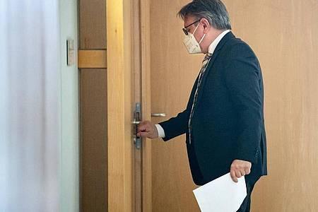 Der Bundestag hat die Immunität des CSU-Abgeordneten Georg Nüßlein aufgehoben und damit den Vollzug gerichtlicher Durchsuchungs- und Beschlagnahmebeschlüsse genehmigt. Foto: Bernd von Jutrczenka/dpa