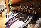 Einkauf_Klamotten_FashionStore_Laden