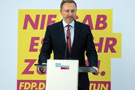 FDP-Chef Christian Lindner hat Interesse am Posten des Bundesfinanzministers bekundet. Foto: Bernd von Jutrczenka/dpa
