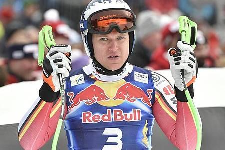 Der Deutsche Skiverband wird Thomas Dreßen trotz dessen Verletzung zur WM nach Cortina d`Ampezzo mitnehmen. Foto: Hans Punz/APA/dpa