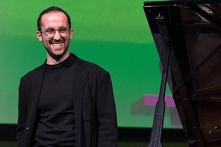Der Pianist Igor Levit 2018 in Leipzig. Foto: Hendrik Schmidt/zb/dpa
