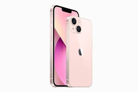 Die Preise der neuen iPhones starten bei 799 Euro für das iPhone 13 Mini und 899 Euro für das iPhone 13 (Bild). Foto: Apple Inc./dpa-tmn