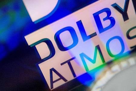 Das Raumklangformat Atmos wurde ursprünglich für Filme eingesetzt - Dolby will es nun aber auch für Musik etablieren. Foto: Karolin Krämer/dpa-tmn