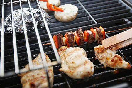 Fleisch auf einem Grill