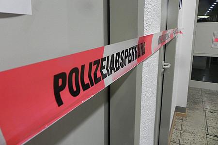 Tatort-Absperrband der Polizei