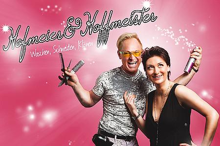 Hofmeier & Hoffmeister auf pinkem Hintergrund