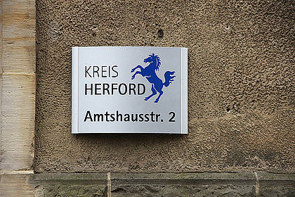 Eingangsschild Kreishaus Herford